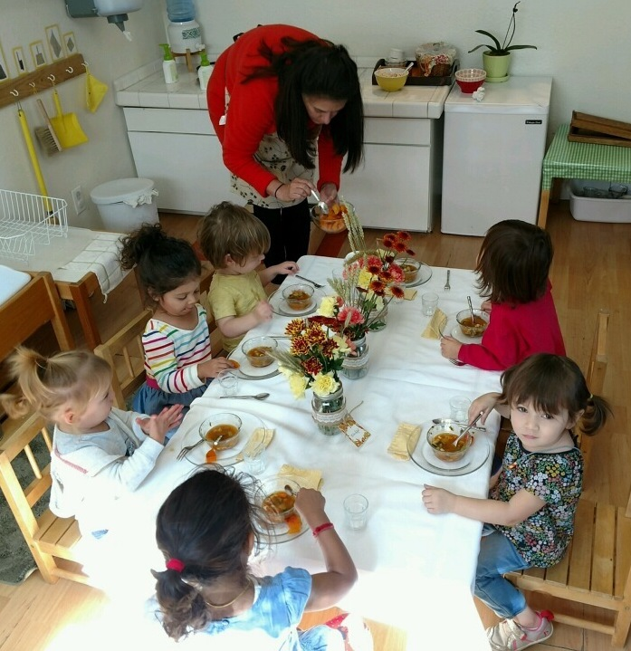 Toddler Harvest Lunch 2016-Table 1
